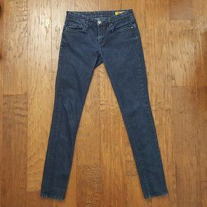 BLANK NYC Dark Blue Wash Low Rise Skinny Jeans 27